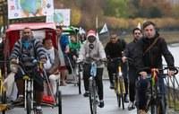 16 church leaders on bike